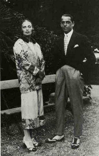 Тамара Лемпицкая с мужем, Тадеушем Лемпицким, в Париже. 1920 год